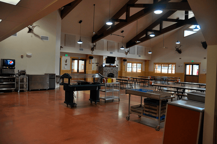 CSB_Dining_Hall_Meal_Service